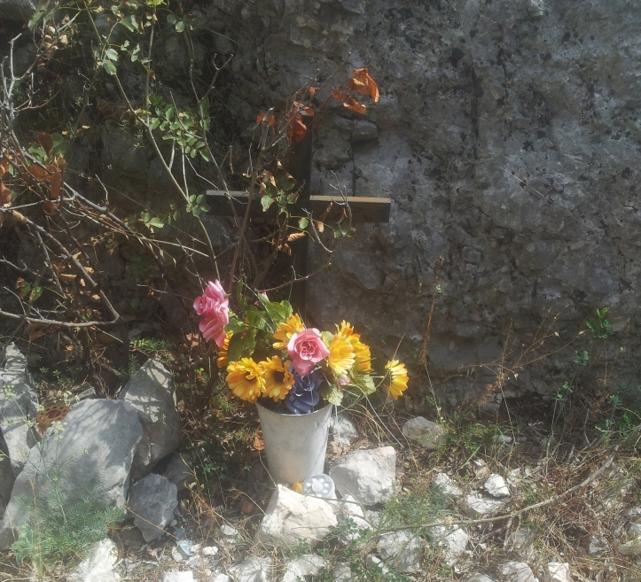 Kruisen en bloemen