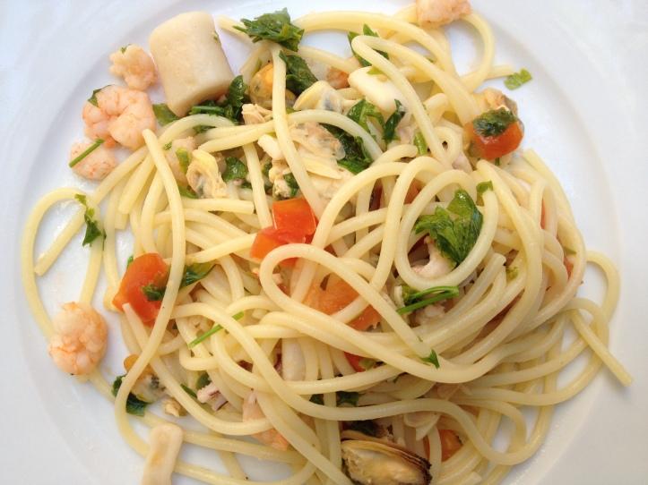 Spaghetti con frutte di mare